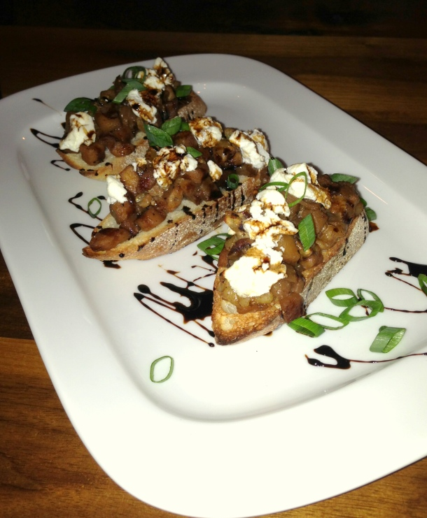 Caramelized apple bruschetta
